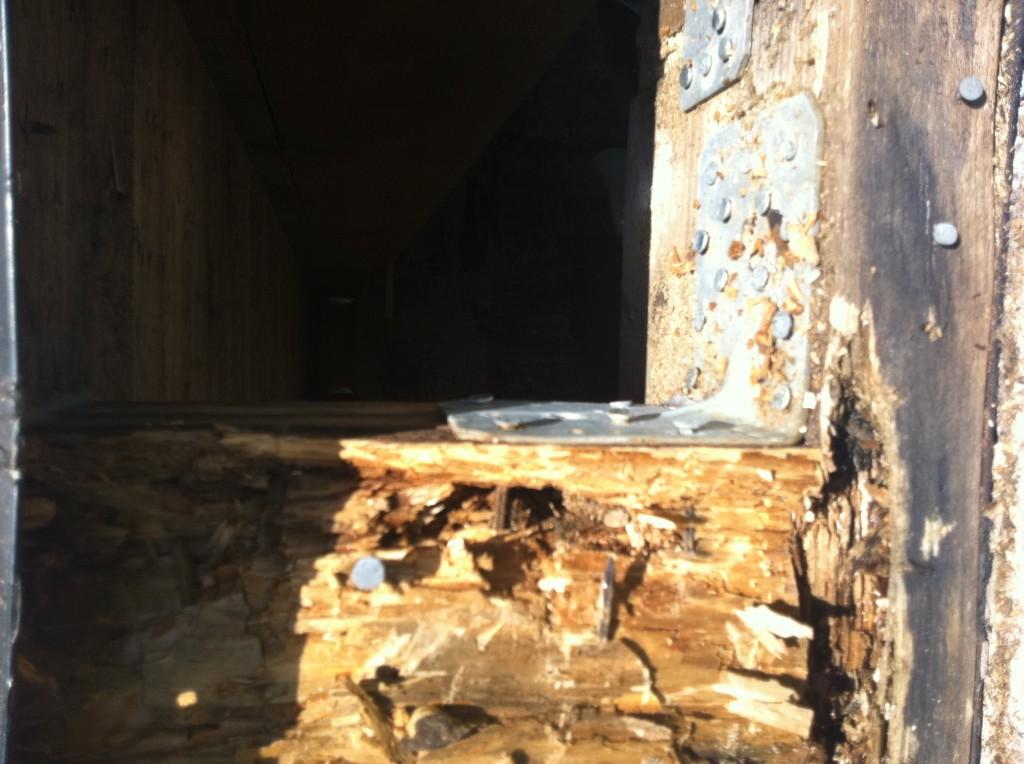 Utbyte ruttna stolpar (1)