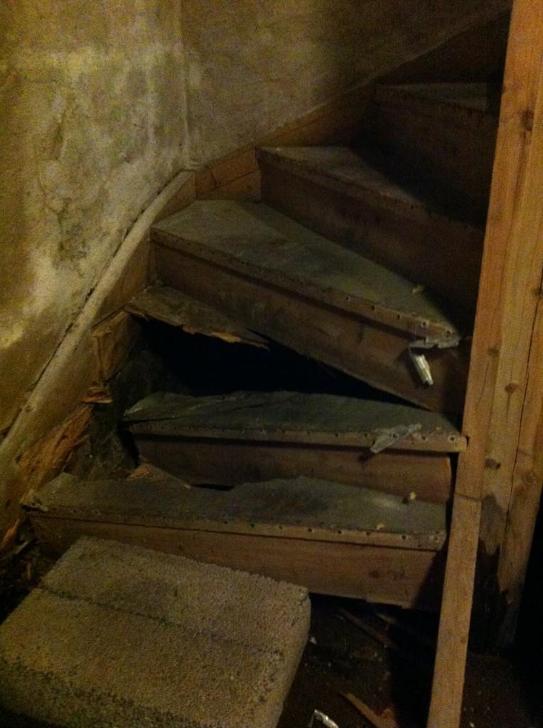 Renovering källartrappa - 1 - rasad